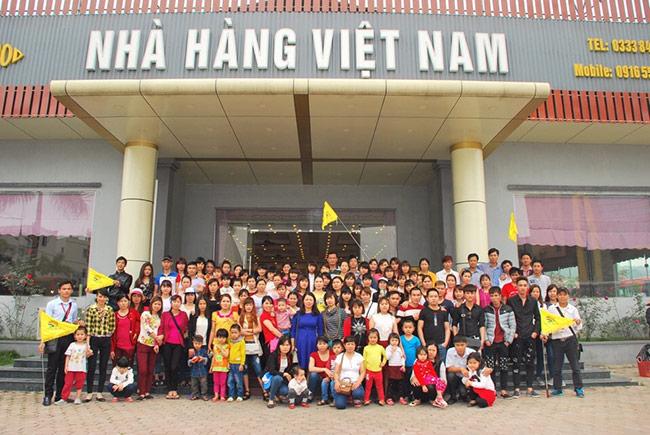 Đoàn xí nghiệp may Minh Hòa đi Hạ Long