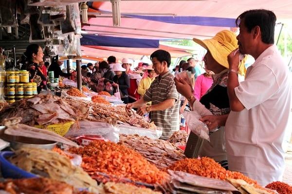 Chợ Dương Đông- khu chợ nổi tiếng của biển đảo Phú Quốc