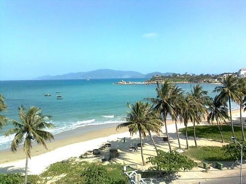Vẻ đẹp tự nhiên hoang sơ của biển Hải Tiến