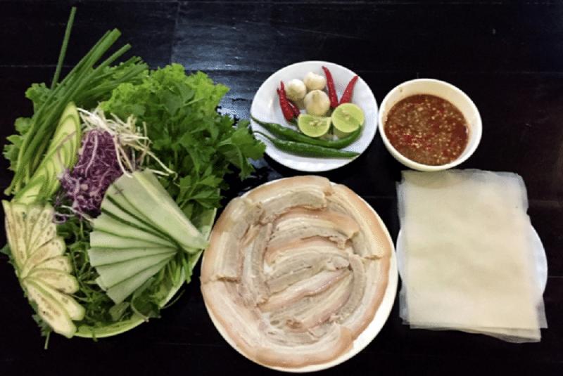Bánh tráng thị heo một món ăn không thể bỏ qua khi đến Đà Nẵng