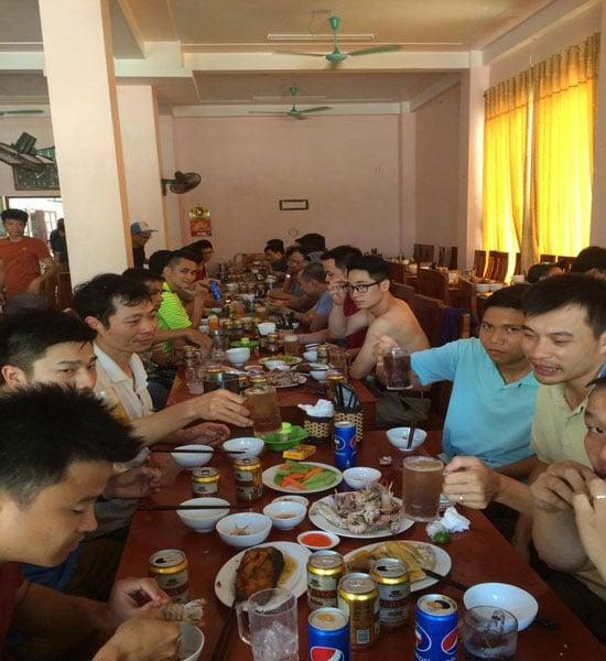 Những bữa ăn vui vẻ với thực đơn các món hải sản tại Tràng An- Sầm Sơn