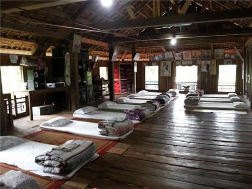 Nhà nghỉ theo phong cách nhà sàn ở Mai Châu