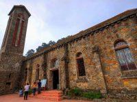 Nhà thờ Đá Tam Đảo cổ kính, rêu phong