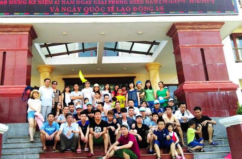 Đoàn chụp ảnh lưu niệm tại Hải Đăng resort