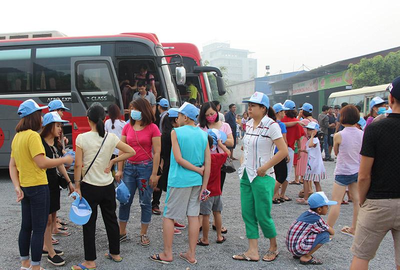 Đoàn nghỉ chân tại Hà Nam