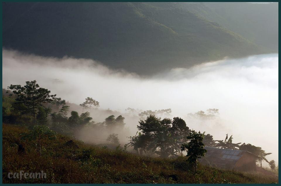 Hà Giang một ngày mây mù sáng sớm