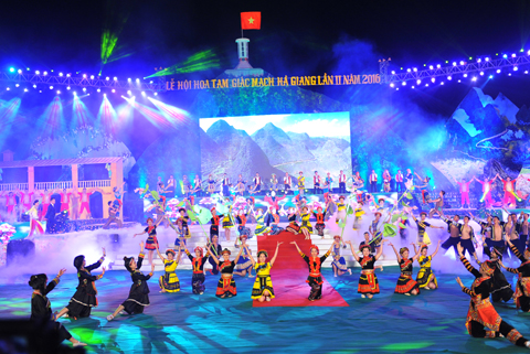 Khai mạc lễ hội hoa tam giác mạch lần II 2016