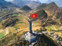 Toàn cảnh cột cờ Lũng Cú Hà Giang