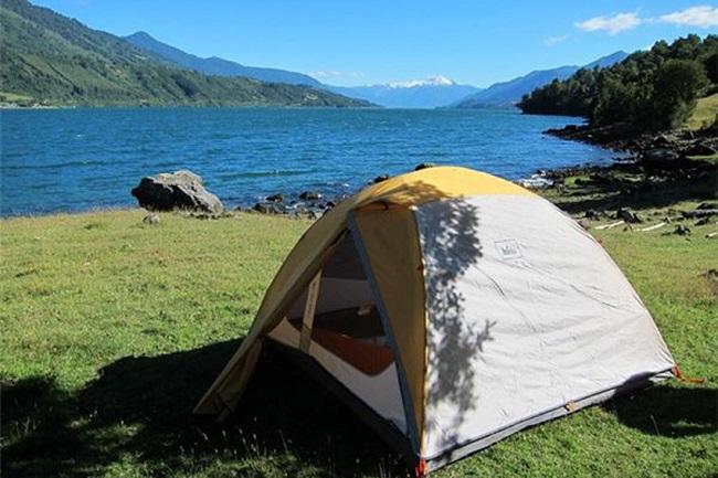 Cắm trại bên bãi biển tận hưởng đúng cái dư vị biển Sầm Sơn về đêm thật đẹp
