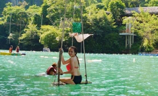 Hãy chuẩn bị bộ bikini thật đẹp để thả mình trong làn nước tại suối nước Moọc