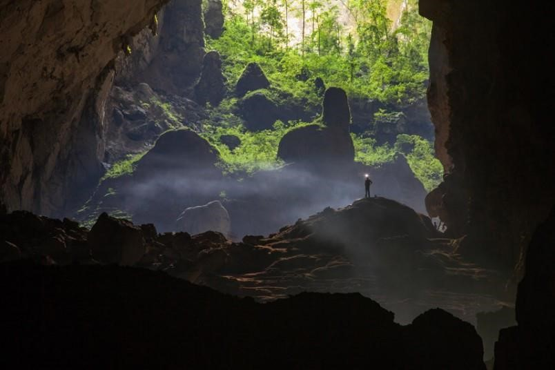 Khách du lịch nên ghé thăm đến Hang Sơn Doong khi đi du lịch Quảng Bình