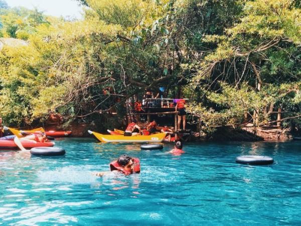 Quảng Bình có gì chơi và thú vị ở suối nước mooc ?