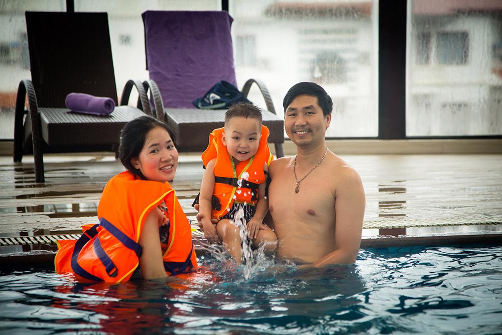 Khách sạn 4 sao amazing có bể bơi 4 sao phục vụ du khách