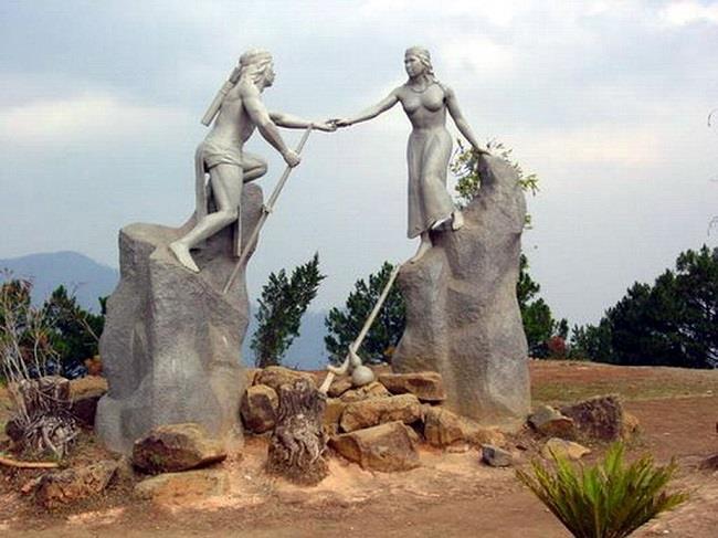 Câu chuyện tình yêu của Lang và Biang.