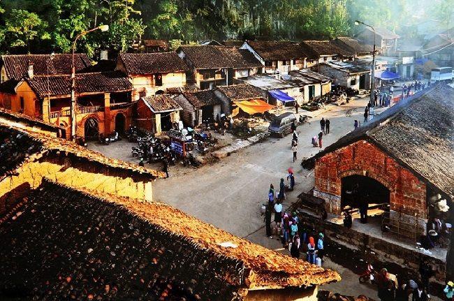 Một góc nhỏ chợ cổ Đồng Văn.
