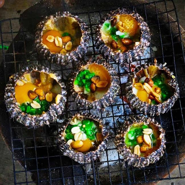 Nhum nướng - đặc sản Phú Quốc.