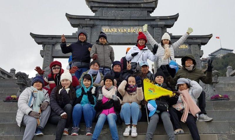 Đoàn khách Hồ Chí Minh du lịch Sapa