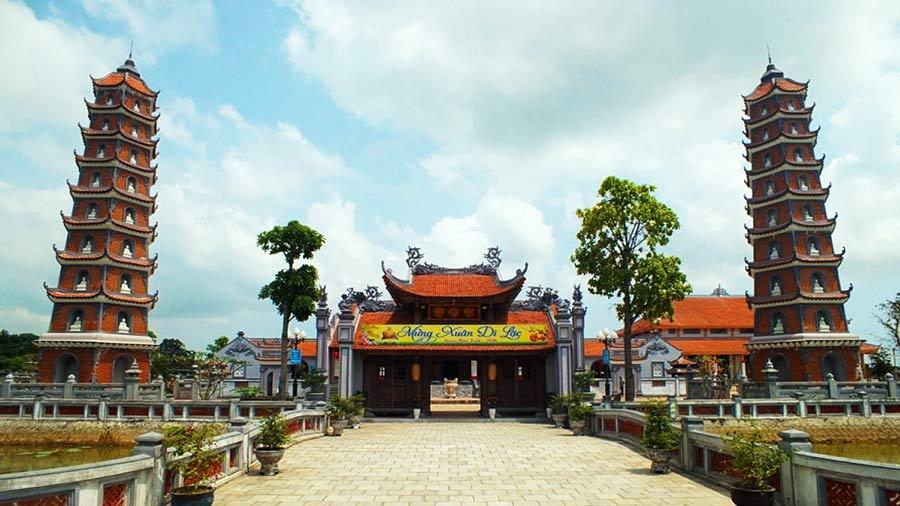 Chùa Hoằng Phúc - một trong mười ngôi chùa nổi tiếng tại Việt Nam