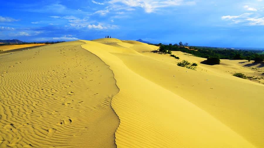 Đồi cát Quang Phú - địa điểm du lịch độc đáo