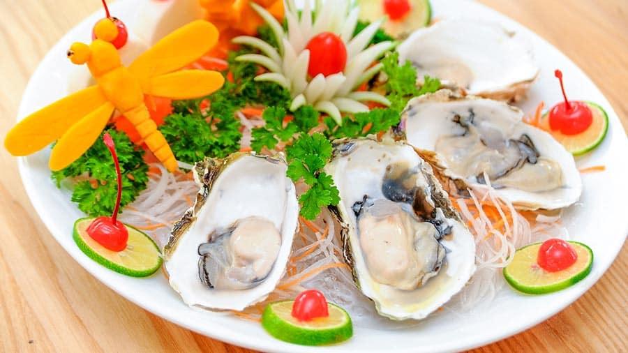 Thực đơn hải sản thơm ngon tại nhà hàng