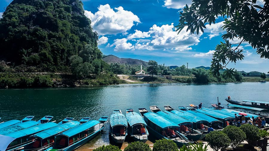 Sông Son vừa hùng vĩ lại mang nét lãng mạn mộng mơ