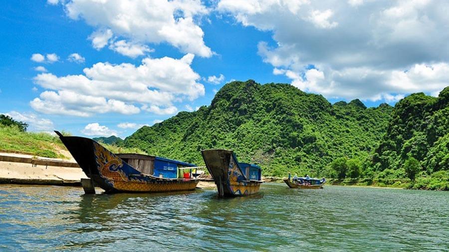 Dòng sông Son xanh ngát gắn với bao truyền thuyết thú vị