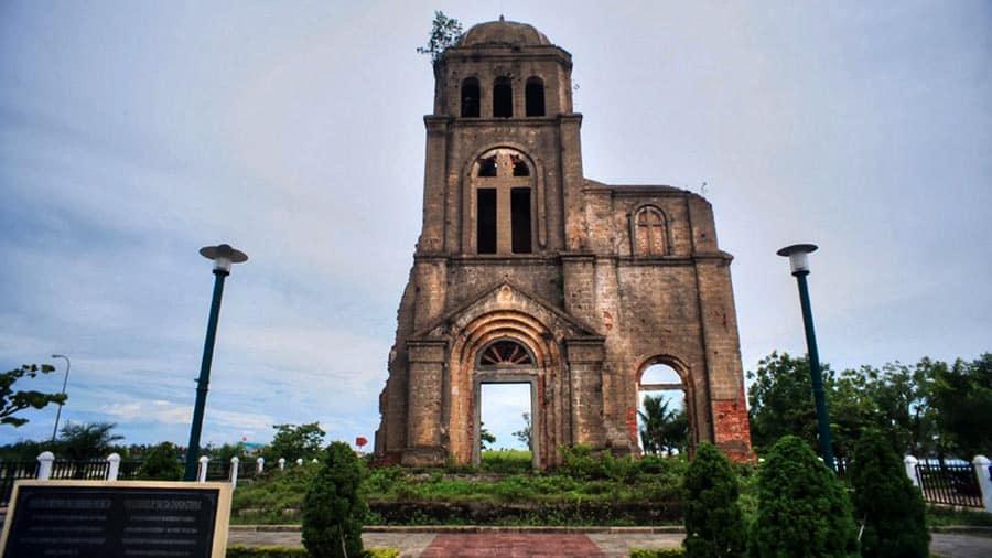Nhà thờ Tam Tòa Quảng Bình - Chứng tích lịch sử hào hùng của dân tộc