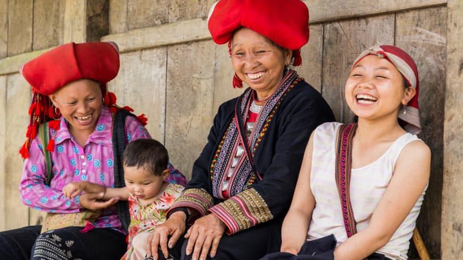 Nét chân chất, tươi vui của những người dân tộc Giáy