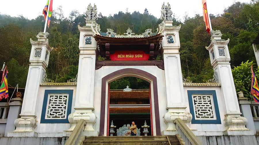 Image result for đền mẫu sơn