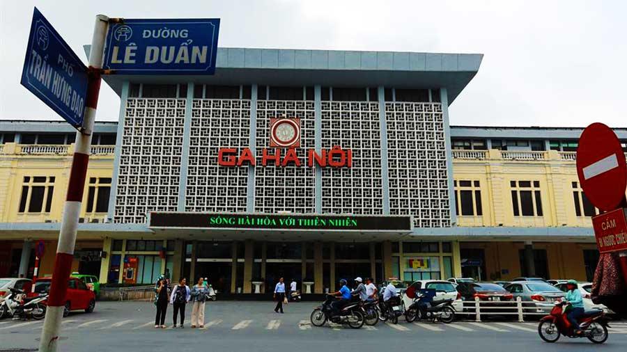 Ga Hà Nội - địa điểm mua vé tàu và tàu xuất phát đi du lịch Sapa