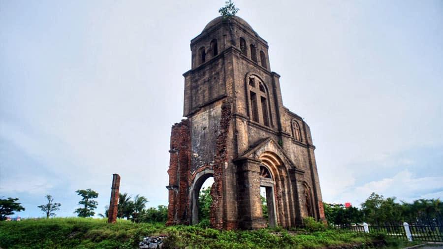 Nhà thờ đã được tu sửa nhưng vẫn giữ được nét cố kính vốn có