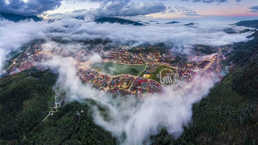 Núi Hàm Rồng - Địa điểm săn mây lý tưởng tại Sapa
