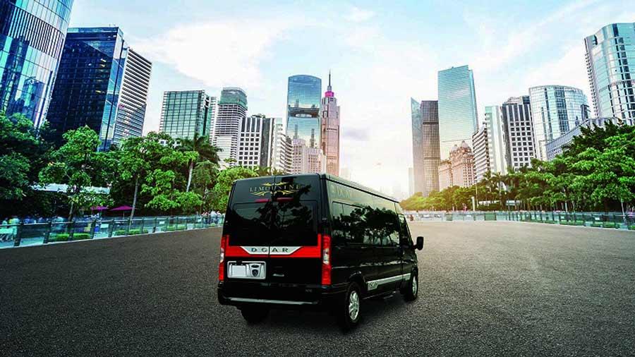 Xe limousine đi du lịch Sapa