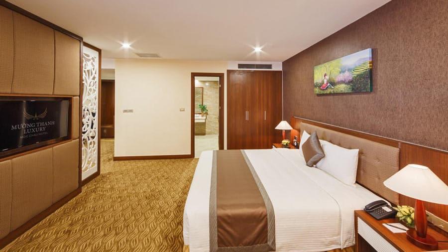 Nội thất phòng Executive Suite ấm cúng