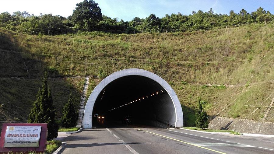 Hầm đi bộ qua Đèo Ngang được xây dựng khang trang
