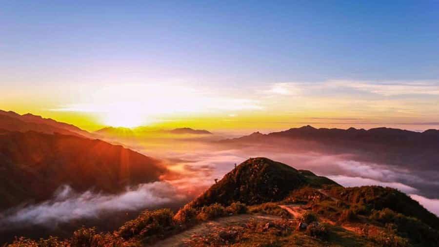 Tà Xùa Mộc Châu - Địa điểm săn mây lý tưởng của giới trẻ