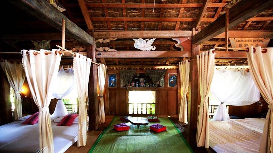 Nhà sàn Mộc Châu được trang bị tiện nghi, sạch sẽ
