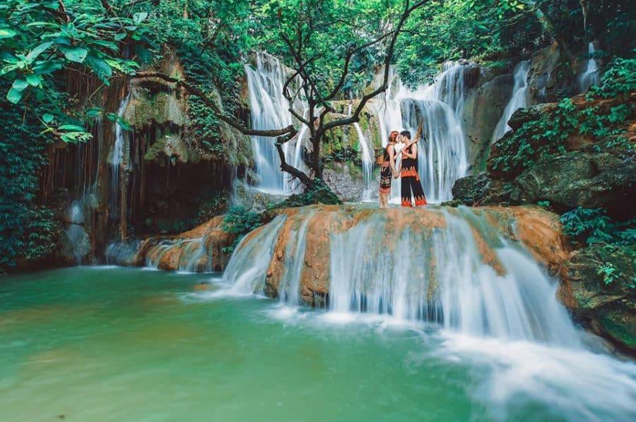 Tầng thứ ba của thác nước phía trên