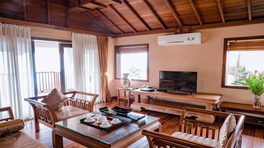 Grand suite room với phòng khách riêng biệt