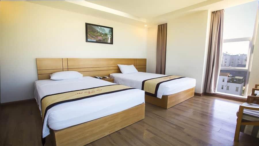 Phòng đôi khách sạn Neva Hải Tiến