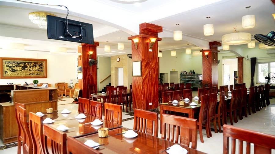 Nhà ăn khách sạn Neva Hải Tiến
