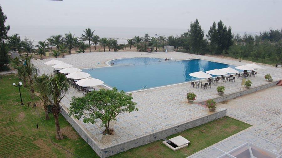 Bể bơi ngoài trời - Hải Tiến Resort