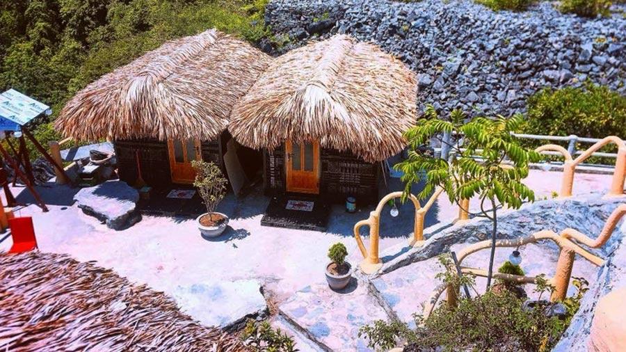 Phòng tại Cat Ba Mountain View được thiết kế theo phong cách vừa cổ điển, vừa hiện đại vô cùng độc đáo
