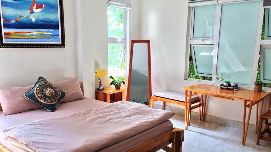 Phòng ngủ tại Little Cat Ba Homestay siêu tiện nghĩ và xinh xắn
