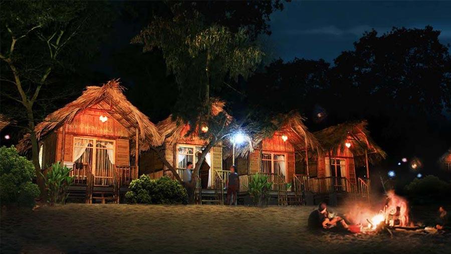 Tổ chức tiệc BBQ dưới ánh lửa bập bùng ấm cúng