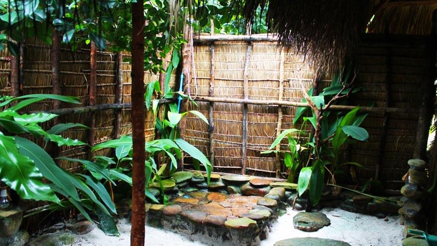 Khu vực tắm ngoài - Trải nghiệm siêu thú vị tại Coto Life