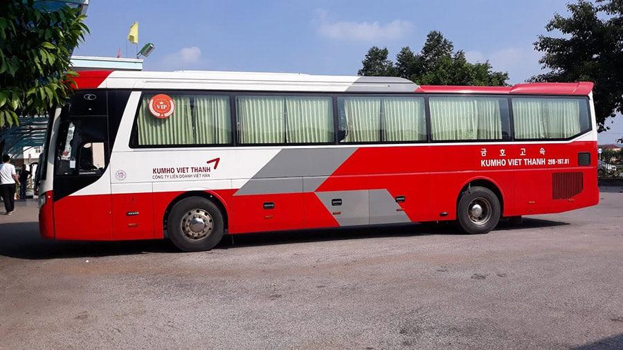 Nhà xe Kumo Việt Thanh thường thấy tại bến xe Mỹ Đình