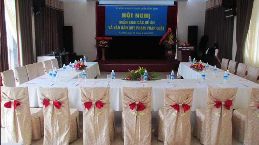 Phòng hội thảo khách sạn Hùng Long Harbour sở hữu trang thiết bị hiện đại, nhân viên chuyên nghiệp