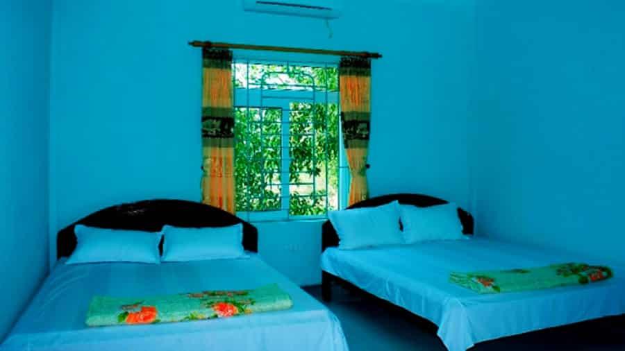 Phòng tại nhà nghỉ Hùng Hằng đầy đủ tiện nghi