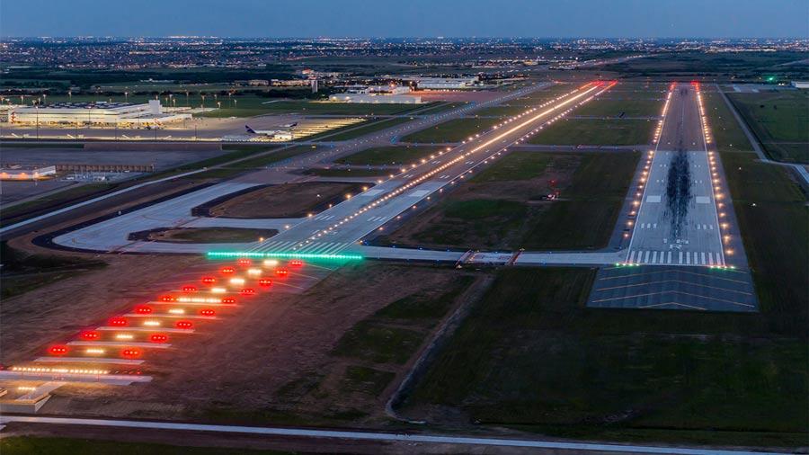 Sân bay Đà Nẵng về đêm